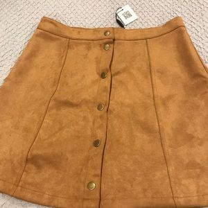Suede gold skirt!